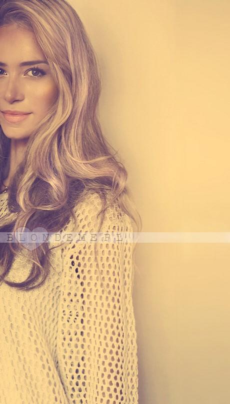Ładne blond włosy